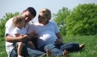 małżonkowie z dzieckiem
