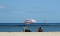 turyści na plaży